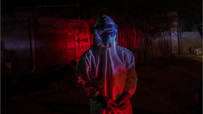 Two cities, separated by US-Mexico border, are in completely different stages of pandemic